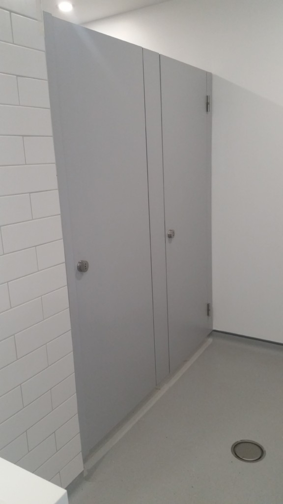 Cubicles & Washrooms for Cork Motor Tax Office